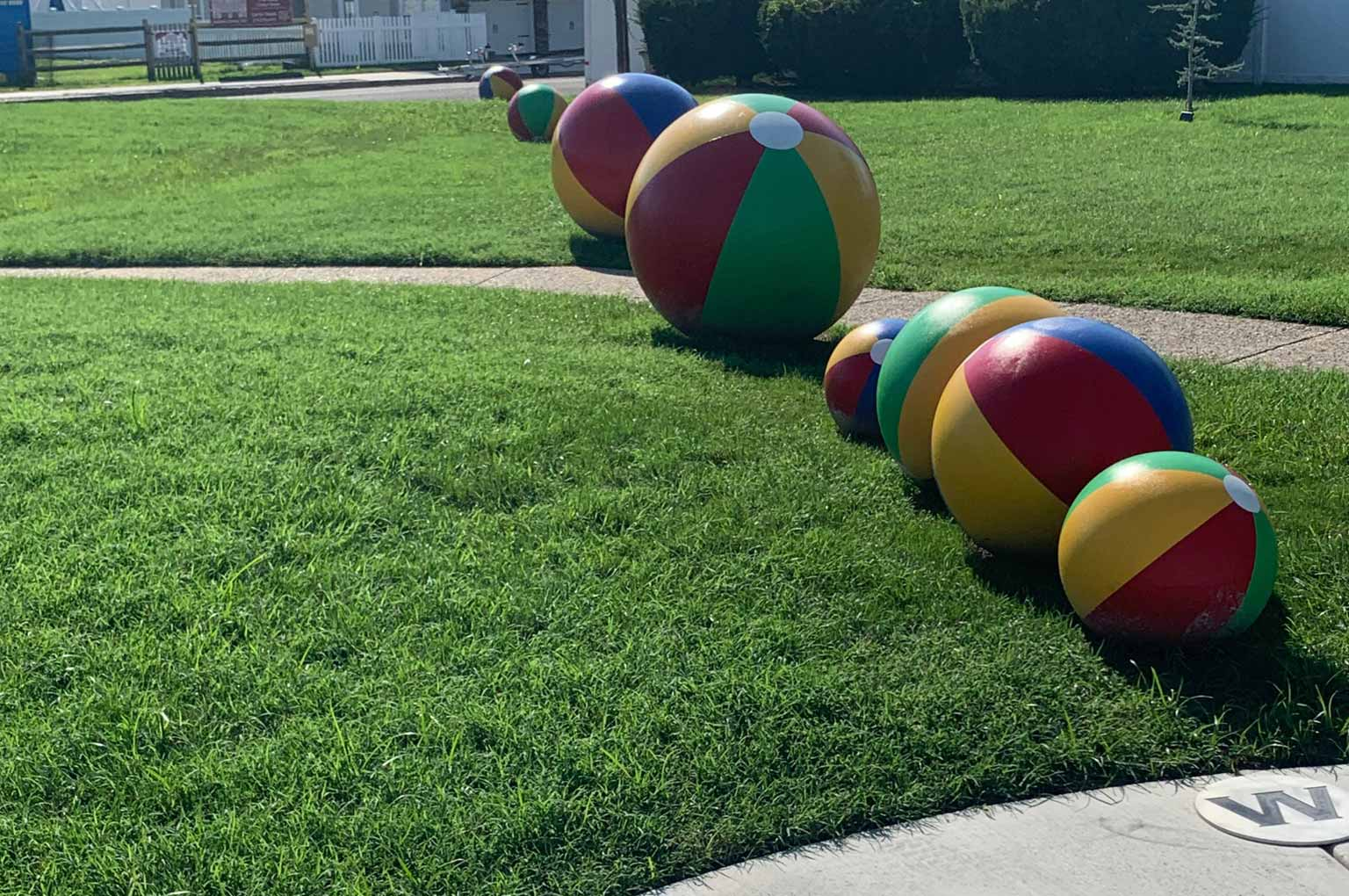 SOLCOW Park Planets